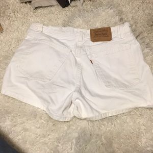 🍀6/$60 Levi's 941 Reg Fit 12 Denim white shorts